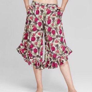 Gilligan & O'Malley Pink Rose Crop Ruffle Pants XS